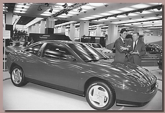 Sergio and Andrea Pininfarina with the Fiat Coupé in 1994