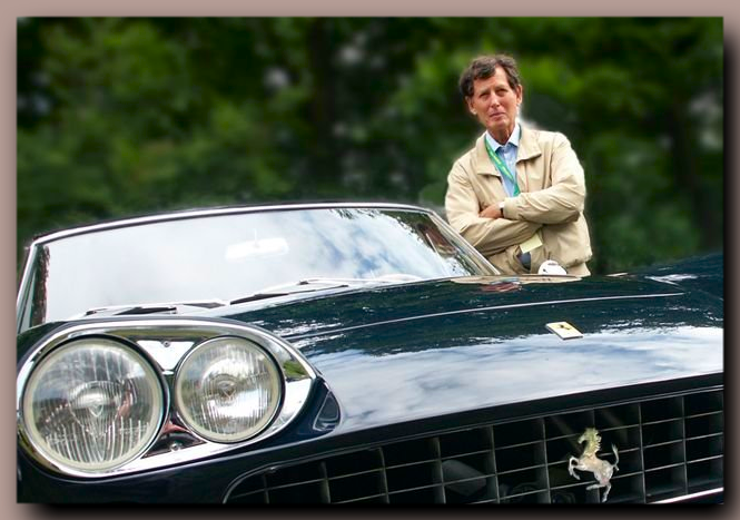 Tom Tjaarda as a member of the jury, photographed during the Concours d'Elegance 2003 at the Royal Palace Het Loo in Apeldoorn, Netherlands